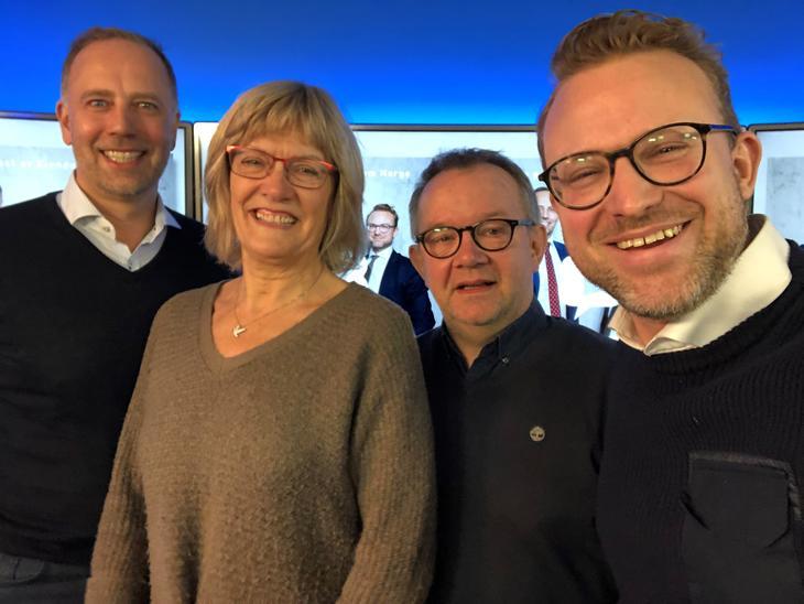 Fra venstre: Christian V. Dreyer (Eiendom Norge), Karin Andersen (Sv), Lars Aasen (Leieboerforeningen) og Erik Lundesgaard (Eiendom Norge).