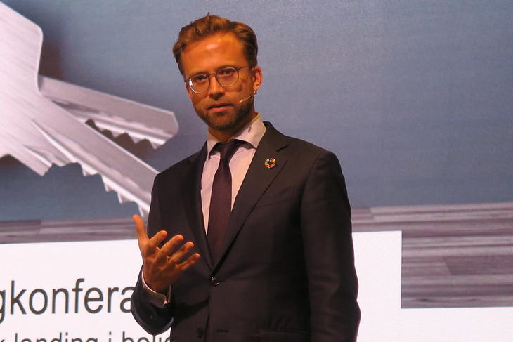 Nikolai Astrup (H) på boligkonferansen i 2019. Foto: Eiendom Norge.