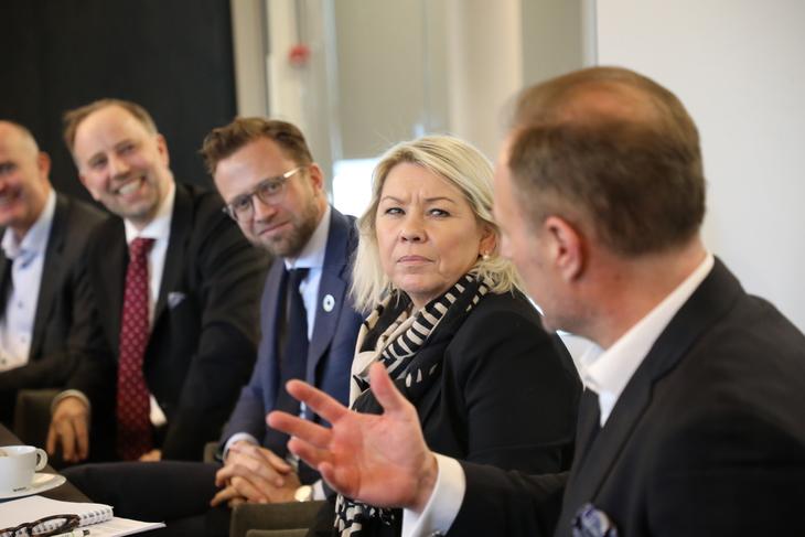 Lanseringen skjøtepakke 2 hos Privatmegleren med statsråden Nikolai Astrup (H) og Monica Mæland (H) våre 2019. Foto: E24.no