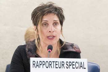 """Spesialrapportør Leilani Farha har en sentral rolle i dokumentaren """"Push"""". Her taler hun for menneskerettighetsrådet i FN. Foto: Jean-Marc Ferre."""