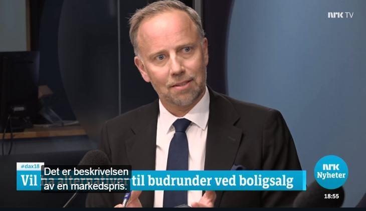 Eiendom Norge-direktør Christian Vammervold Dreyer på Dagsnytt 18 mot samfunnsøkonom Helle Stensbak den 6. mai 2019.