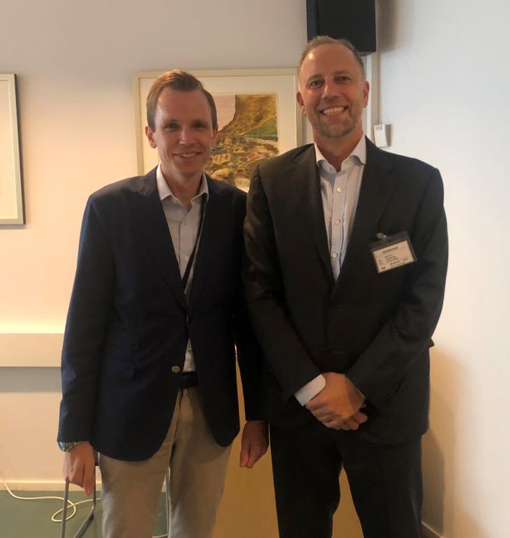 Fra venstre: Statssekretær Tom Erlend Skaug (H) i Barne- og likestillingsdepartementet og Eiendom Norge-direktør Christian Vammervold Dreyer.