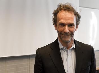 Sjefsøkonom Harald Magnus Andreassen i First Securities er en av dem som i årevis har ment boligmarkedet er overpriset. Foto: Andreas H. Lunde/HSH.