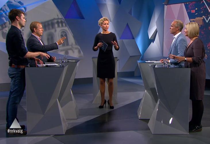Skjermbilde fra NRKs valgstudio om boligpolitikk 26 august, 2013. Fra venstre: Bjørnar Moxnes (R), Heikki Holmås (SV), programleder Ingunn Solheim, Jan Tore Sanner (H) og Guri Melby (V).