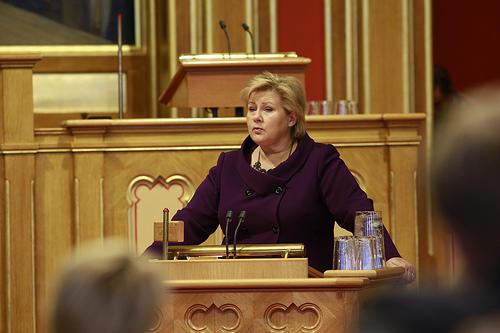 Statsminister Erna Solberg under trontalendebatten i oktober 2013. Foto: Stortinget